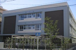 森下小学校校舎建築